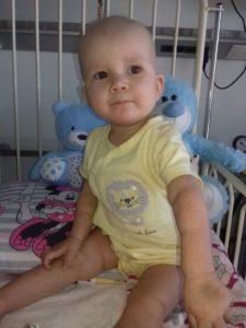 Dziewczynka ma białaczkę